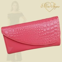 Clutch koraalrood lak